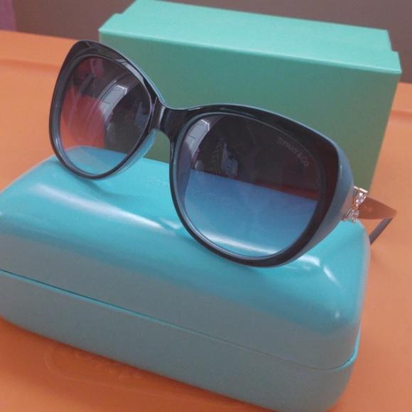 bc9f796ec0fe Authentic Tiffany   Co sunglasses. M 5be3565f2e1478a45edcf6d3. Other  Accessories ...